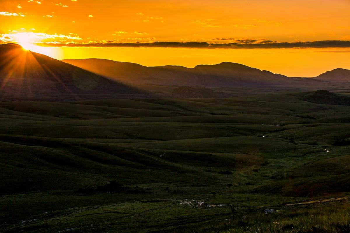 Pôr-do-sol. Foto: Fabio Piva / Brasil Ride.