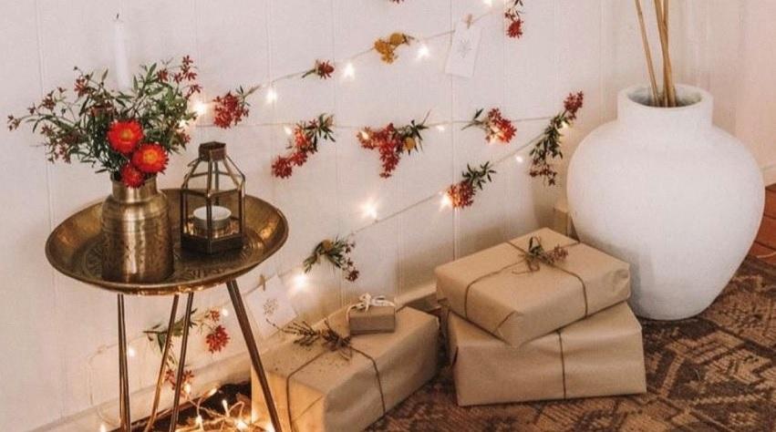 Natal a distância: como decorar sua casa para uma live com a família?