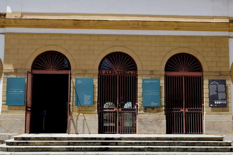 O centro cultural Casa França-Brasil reabre após um ano de fechamento e recebe a mostra Casa Aberta-Passagens, na região central do Rio de Janeiro. Foto: © Tânia Rêgo/Agência Brasil.